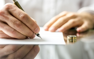 What are the Benefits of Hiring a Divorce Lawyer in Arizona?